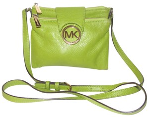 Michael Kors Lots Of Pockets/Room Mint Condition Body/Shoulder Bold Gold Hardware Great Color Cross Body Bag