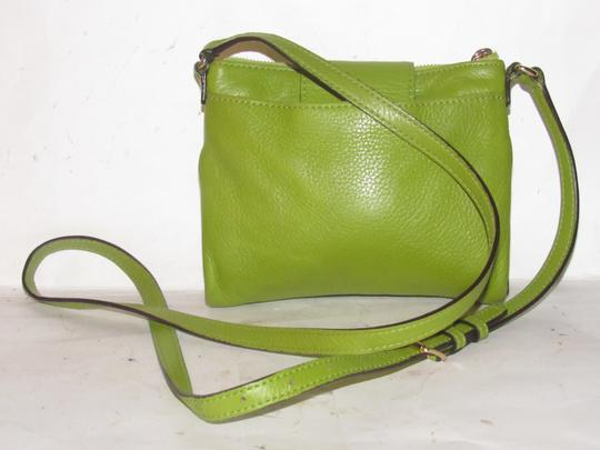 Michael Kors Lots Of Pockets/Room Mint Condition Body/Shoulder Bold Gold Hardware Great Color Cross Body Bag Image 7