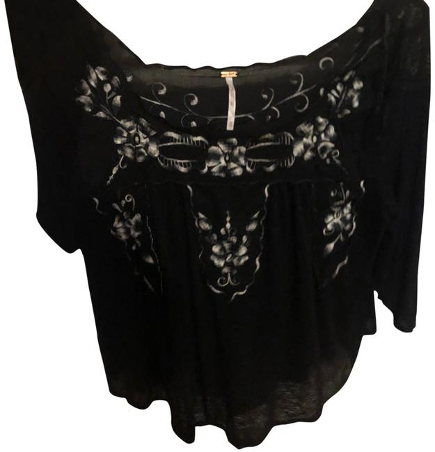 Preload https://img-static.tradesy.com/item/23779922/free-people-1-blouse-size-2-xs-0-1-650-650.jpg