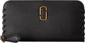 Marc Jacobs Marc Jacobs Noho Black Leather Standard Continental Wallet