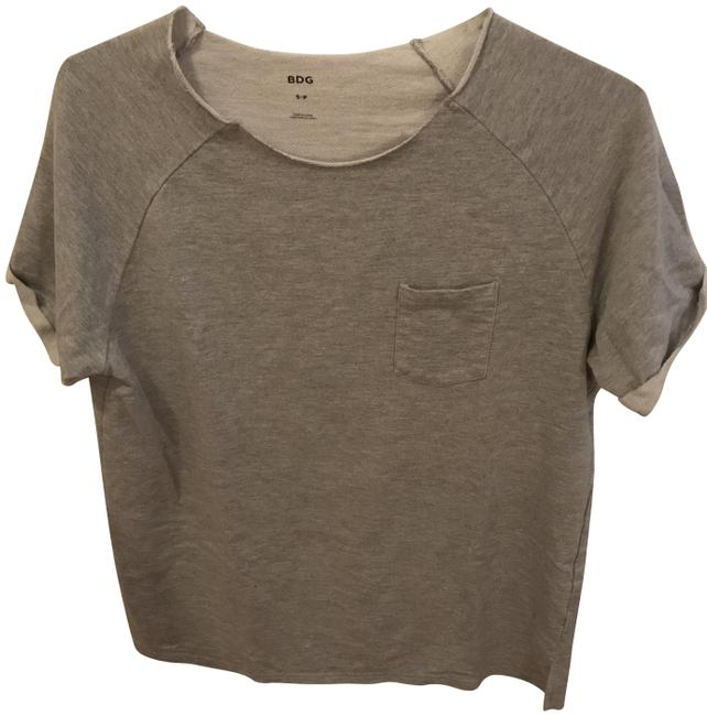 Preload https://item2.tradesy.com/images/bdg-grey-raw-edge-short-sleeve-pullover-sweatshirt-tank-topcami-size-6-s-23781836-0-1.jpg?width=400&height=650
