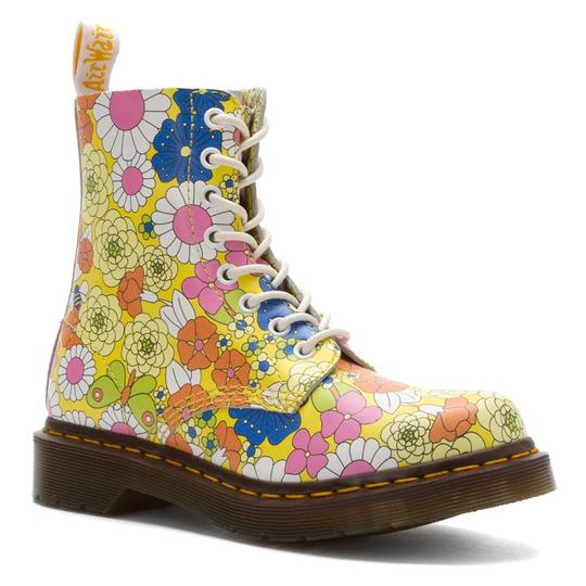 Preload https://item3.tradesy.com/images/dr-martens-yellow-pascal-daisy-bootsbooties-size-us-7-regular-m-b-23781837-0-0.jpg?width=440&height=440