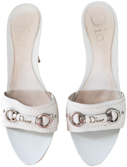 Preload https://img-static.tradesy.com/item/23781909/dior-white-sandals-size-eu-395-approx-us-95-regular-m-b-0-1-540-540.jpg
