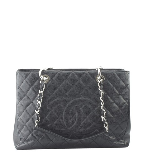 Preload https://img-static.tradesy.com/item/23781910/chanel-caviar-quilted-153677-black-leather-tote-0-0-540-540.jpg