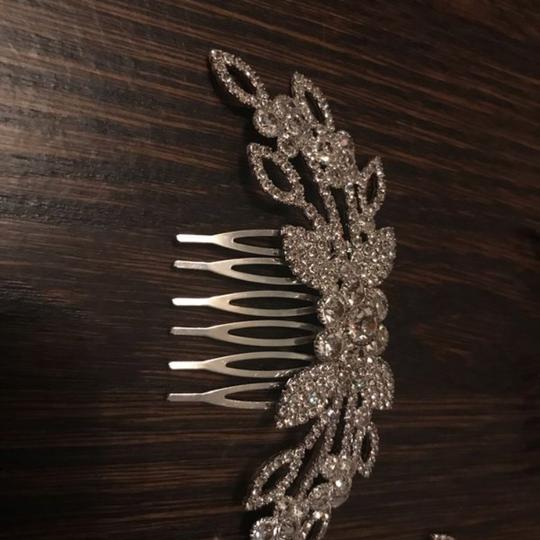 8 New Combs- Perfect Bridesmaid Gift/Wedding Day Hair Accessory