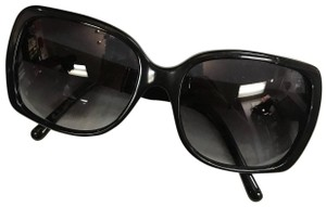 2f49cd2f8b Black Burberry Sunglasses - Up to 70% off at Tradesy (Page 4)