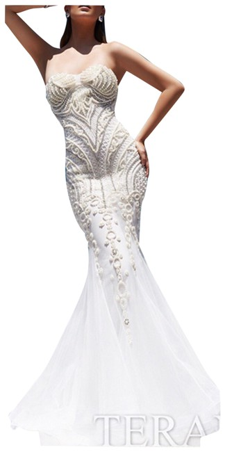 Preload https://item1.tradesy.com/images/terani-couture-white-mermaid-long-formal-dress-size-8-m-23782130-0-1.jpg?width=400&height=650