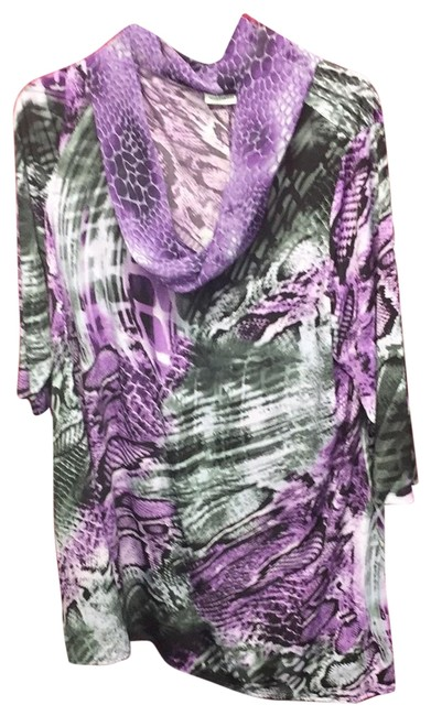 Preload https://img-static.tradesy.com/item/23782252/susan-graver-multicolor-ls-top-nwt-tunic-size-20-plus-1x-0-1-650-650.jpg