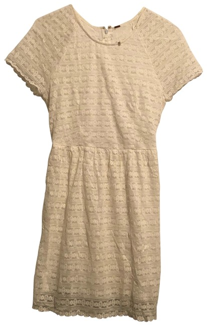 Preload https://img-static.tradesy.com/item/23782324/free-people-ivory-lace-short-casual-dress-size-2-xs-0-1-650-650.jpg