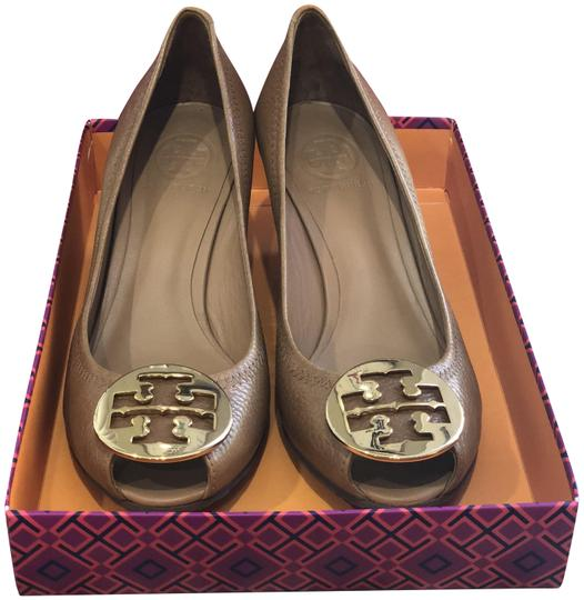 Preload https://item3.tradesy.com/images/tory-burch-royal-tangold-sally-2-tumbled-leather-pumps-size-us-85-regular-m-b-23782347-0-1.jpg?width=440&height=440