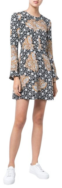 Preload https://item5.tradesy.com/images/alc-black-white-camel-alc-trixie-patterned-bell-sleeve-silk-6dres00077-sz4-short-casual-dress-size-4-23782419-0-1.jpg?width=400&height=650