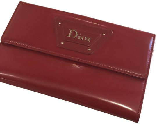 Preload https://item2.tradesy.com/images/dior-red-patent-wallet-23782516-0-1.jpg?width=440&height=440