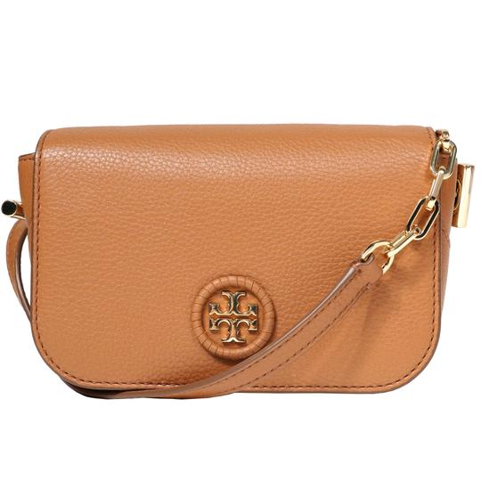 Preload https://item1.tradesy.com/images/tory-burch-whipstitch-logo-women-s-mini-royal-tan-leather-cross-body-bag-23782520-0-0.jpg?width=440&height=440