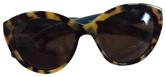 Preload https://img-static.tradesy.com/item/23782528/dolce-and-gabbana-tortoise-dg4239-289173-sunglasses-0-1-540-540.jpg