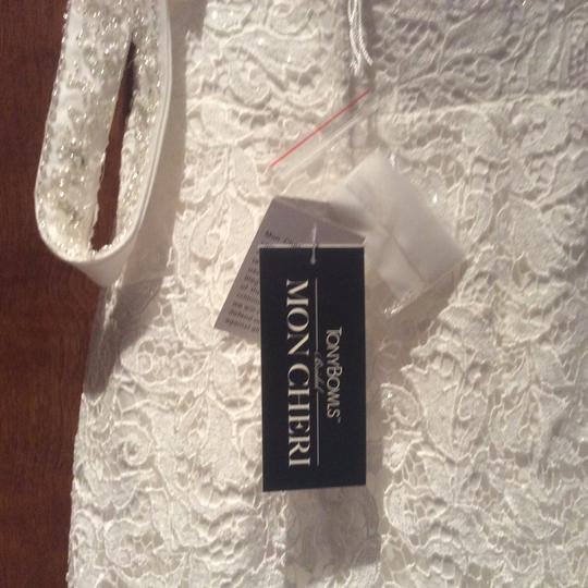 Tony Bowls Ivory Lace Mon Cherie Formal Wedding Dress Size 6 (S)