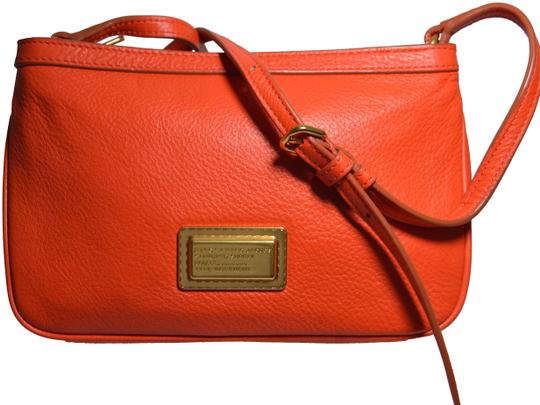 Preload https://item2.tradesy.com/images/marc-by-marc-jacobs-take-your-percy-orange-leather-cross-body-bag-23782641-0-1.jpg?width=440&height=440