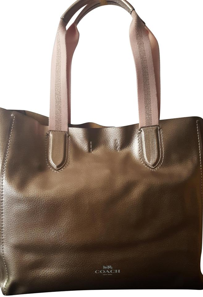 Coach Large Derby F59388 Metallic Rose Gold Pebbled Leather Tote ... 5aa330fe6e372