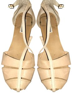 Steve Madden Cream/Biege Sandals