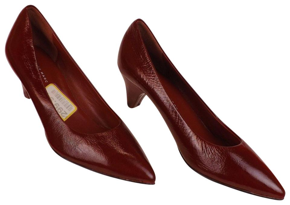 Marc by Marc Low Jacobs Burgundy Wine Leather Low Marc Heel Classic Pumps 4bbbfd