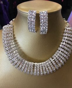 Crystal and Silver Choker Necklace Jewelry Set