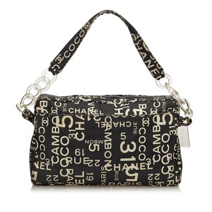 Chanel 8cchsh036 Shoulder Bag