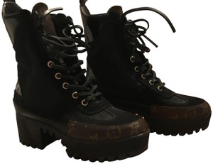 Louis Vuitton Boots Up To 70 Off At Tradesy