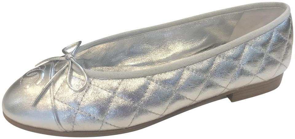 140bfb1a120 Chanel Silver 17k Quilted Metallic Leather Bow Ballerina Ballet ...