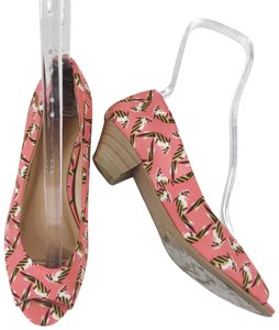Chinese Laundry Coral Pumps