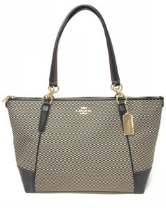 Coach Jacquard Milk/Black F28467 Tote in Milk/Black