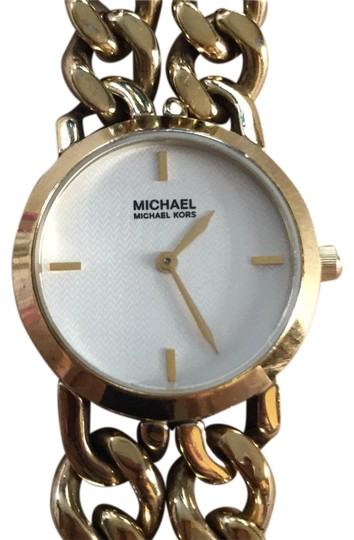 Preload https://img-static.tradesy.com/item/23786981/michael-michael-kors-brown-and-gold-leather-chain-watch-0-2-540-540.jpg