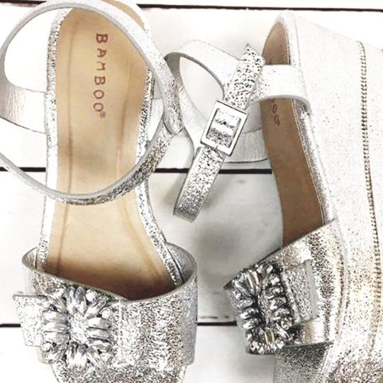 Bamboo Silver Wedges Image 5
