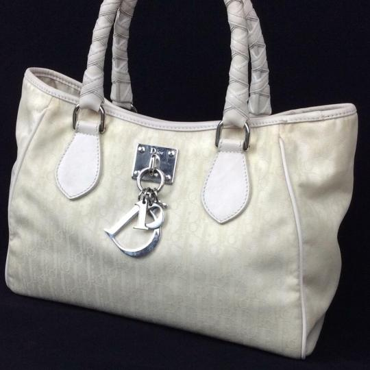 Dior Satchel in ivory Image 3