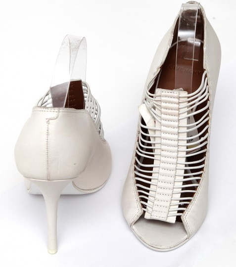 Givenchy Off White Pumps Image 6