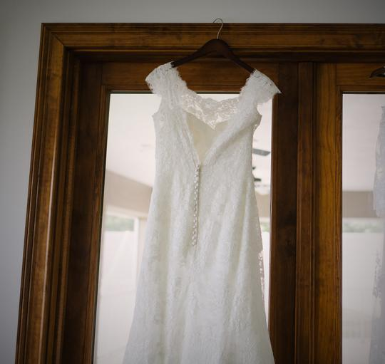 Allure Bridals Ivory Lace 9000 Formal Wedding Dress Size 10 (M) Image 2