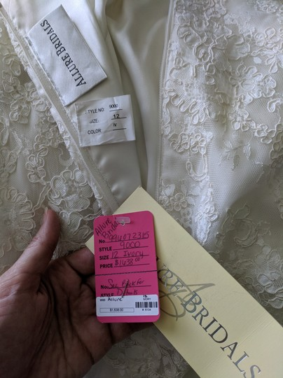 Allure Bridals Ivory Lace 9000 Formal Wedding Dress Size 10 (M) Image 3
