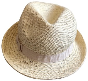 a548d8a8c583e1 Women's Hats - Up to 70% off at Tradesy