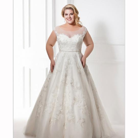 Ivory/Silver Tulle/Beaded Lace Tenero Destination Wedding