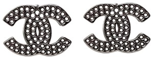 Chanel Silver-tone Chanel interlocking CC clip-on earrings