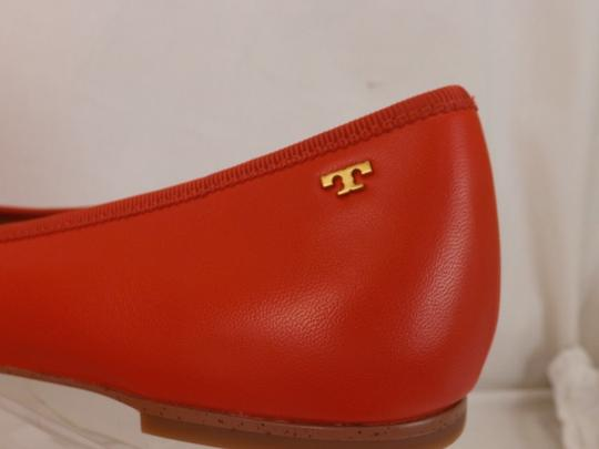 Tory Burch Bow Stacked Heel Driving Poppy Orange Flats Image 2