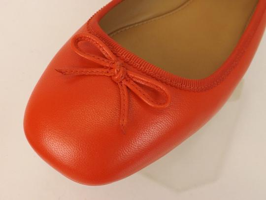 Tory Burch Bow Stacked Heel Driving Poppy Orange Flats Image 4