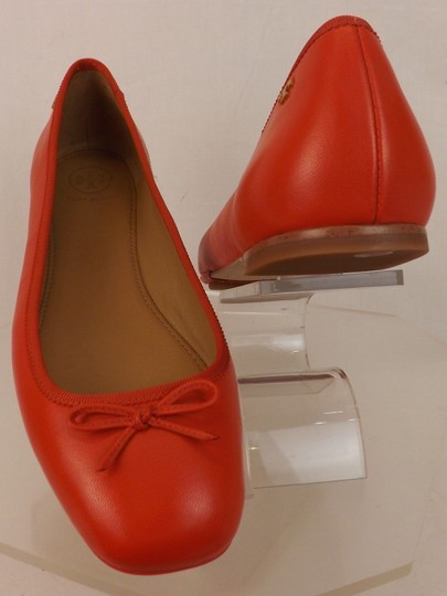 Tory Burch Bow Stacked Heel Driving Poppy Orange Flats Image 5