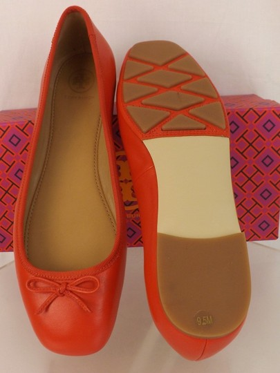 Tory Burch Bow Stacked Heel Driving Poppy Orange Flats Image 6