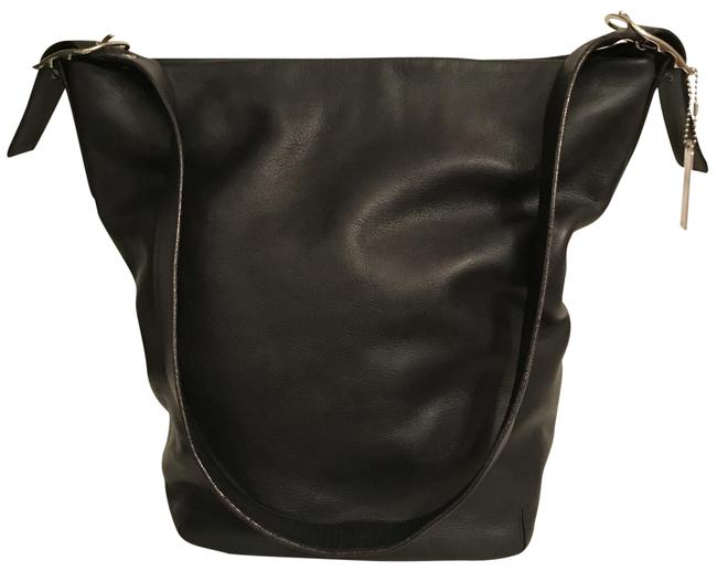 Item - Bucket Duffle Xlg Legacy 9151 Black Silver Leather Tote