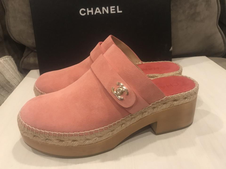 2464a8813d3f Chanel Pink 18p Turnlock Suede Wood Heels Clogs Slides Sandals Platforms  Size EU 42 (Approx. US 12) Regular (M