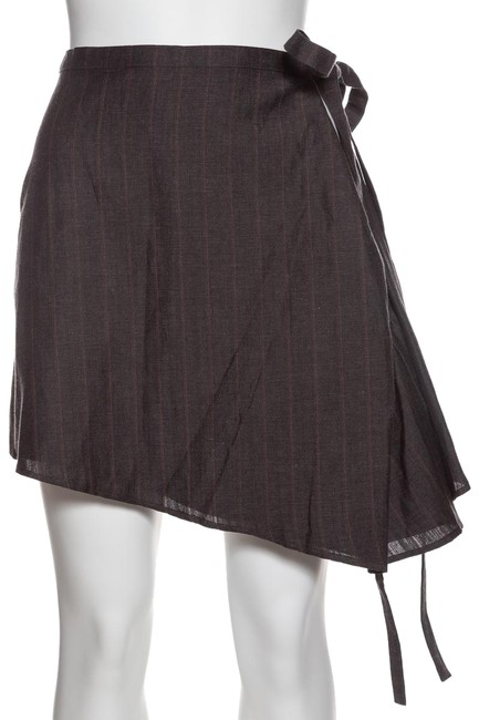Preload https://img-static.tradesy.com/item/23795034/yproject-grey-yproject-graphite-striped-open-side-small-miniskirt-size-4-s-27-0-1-650-650.jpg