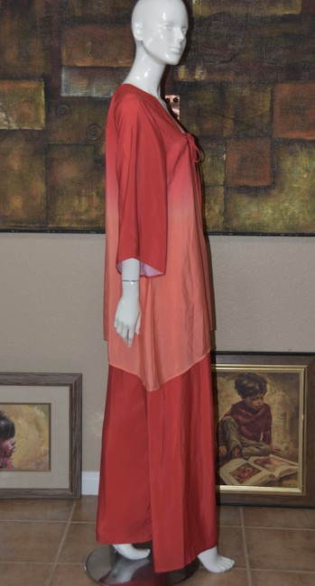 Badgley Mischka American Glamour BADGLEY MISCHKA in Red/Orange Ombre 2pc Pant Suit Image 3