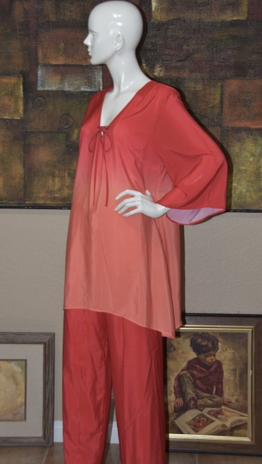 Badgley Mischka American Glamour BADGLEY MISCHKA in Red/Orange Ombre 2pc Pant Suit Image 4