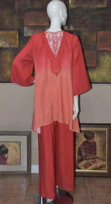 Badgley Mischka American Glamour BADGLEY MISCHKA in Red/Orange Ombre 2pc Pant Suit Image 5