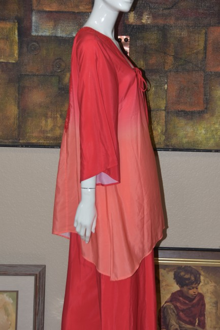 Badgley Mischka American Glamour BADGLEY MISCHKA in Red/Orange Ombre 2pc Pant Suit Image 8