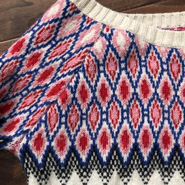 American Eagle Outfitters Sweater Image 1